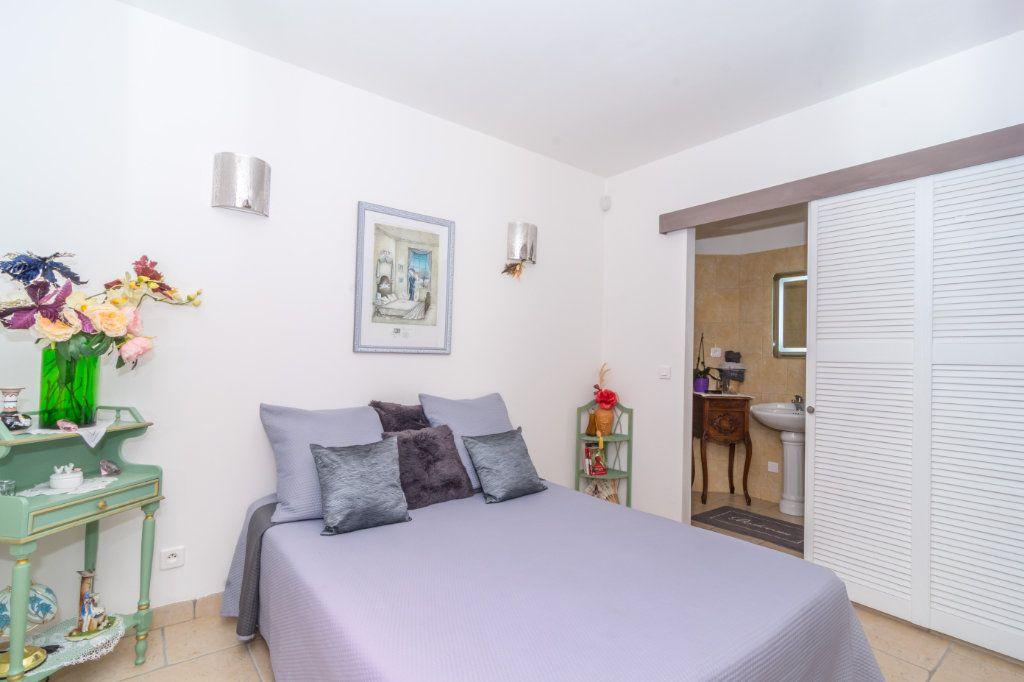 Maison à vendre 4 150m2 à Nice vignette-10