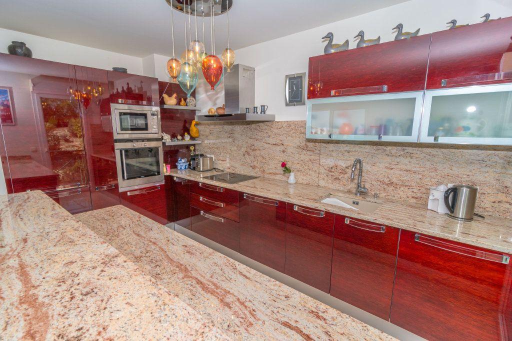 Appartement à vendre 3 92.57m2 à Nice vignette-10