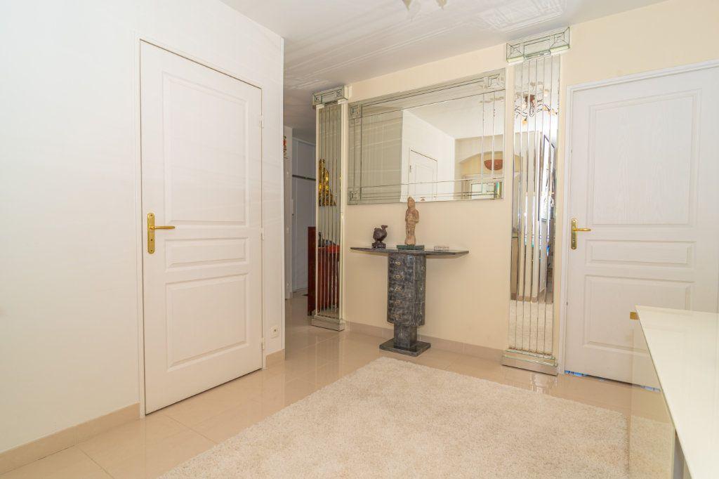 Appartement à vendre 3 92.57m2 à Nice vignette-12