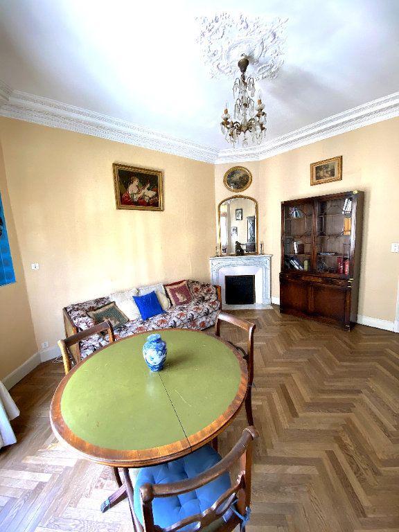 Appartement à vendre 2 49m2 à Nice vignette-3