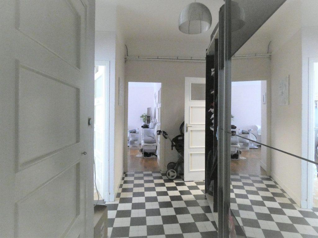 Appartement à vendre 2 57m2 à Nice vignette-6