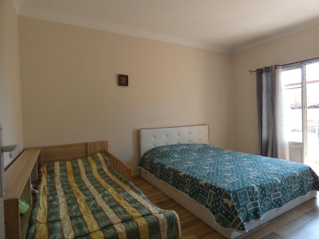 Appartement à vendre 3 67m2 à Nice vignette-5