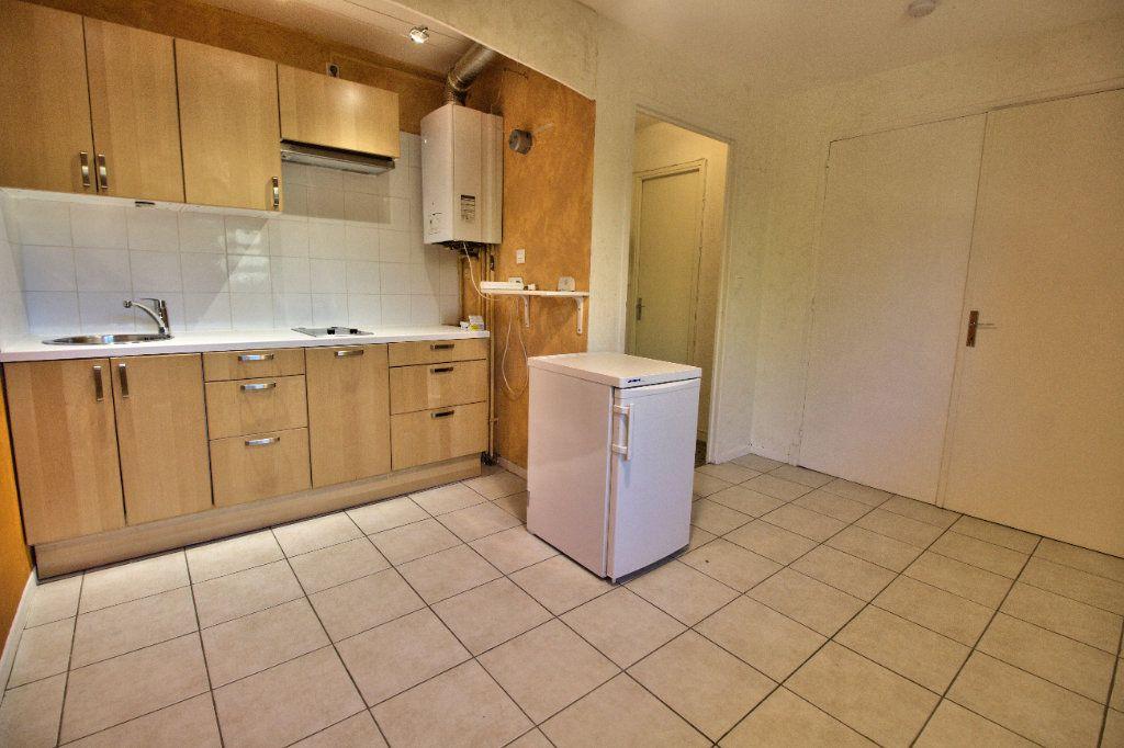 Appartement à louer 2 27m2 à Toulouse vignette-1