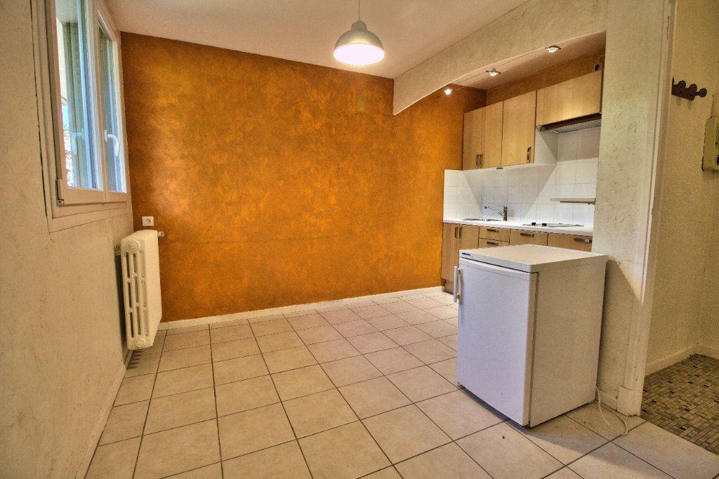 Appartement à louer 2 27m2 à Toulouse vignette-2
