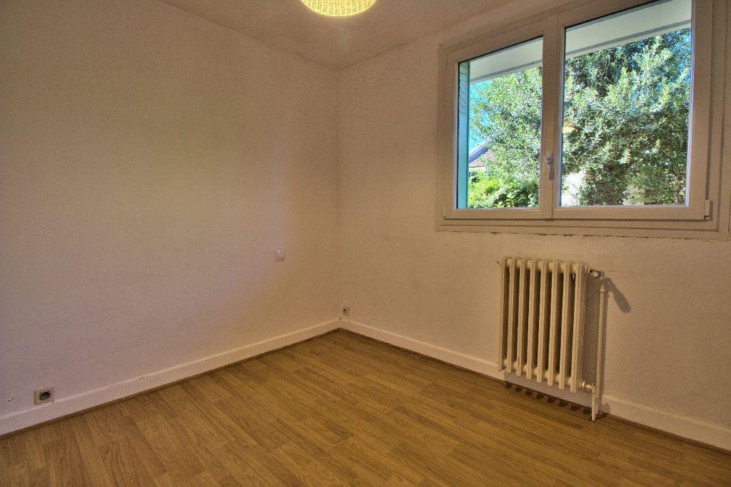 Appartement à louer 2 27m2 à Toulouse vignette-5