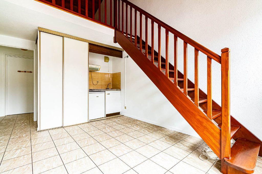 Appartement à louer 2 30.86m2 à Toulouse vignette-1