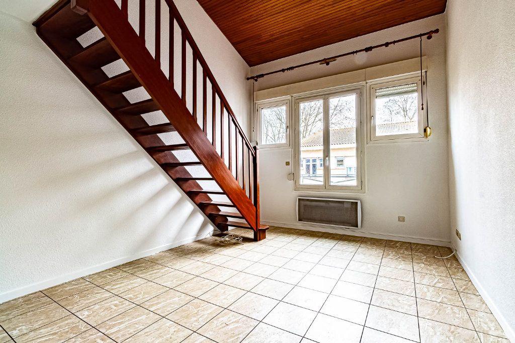 Appartement à louer 2 30.86m2 à Toulouse vignette-2