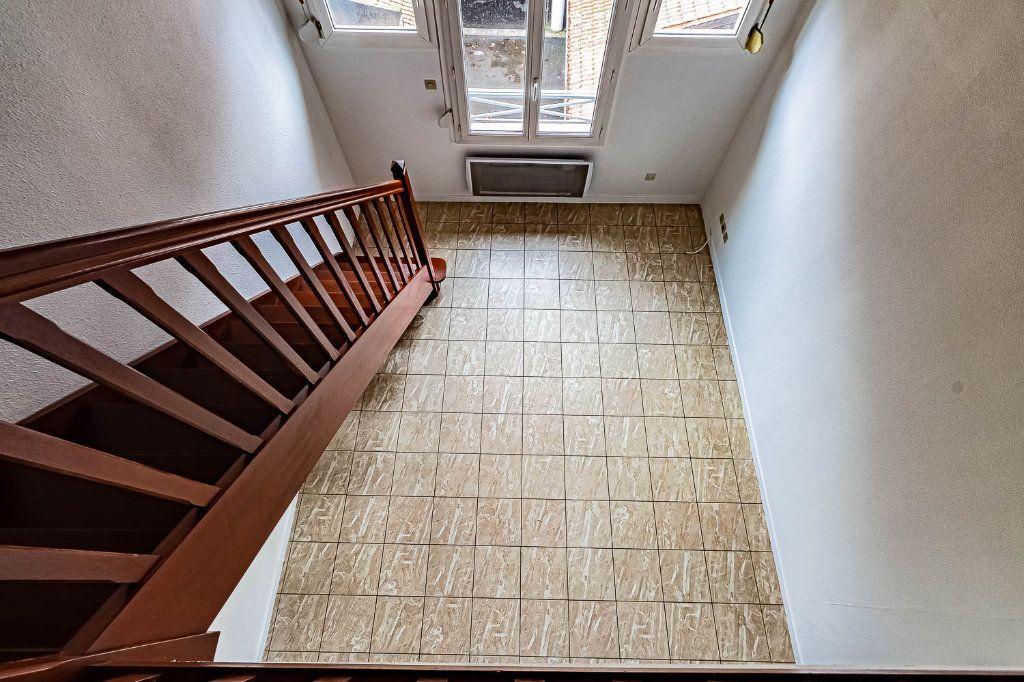 Appartement à louer 2 30.86m2 à Toulouse vignette-4