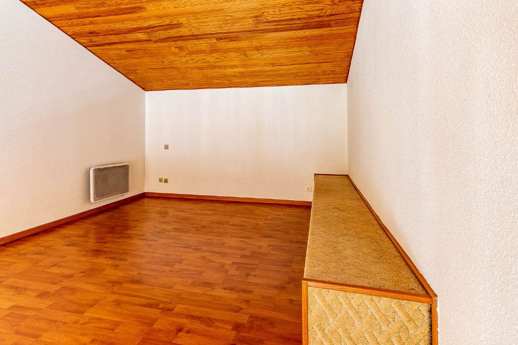 Appartement à louer 2 30.86m2 à Toulouse vignette-6