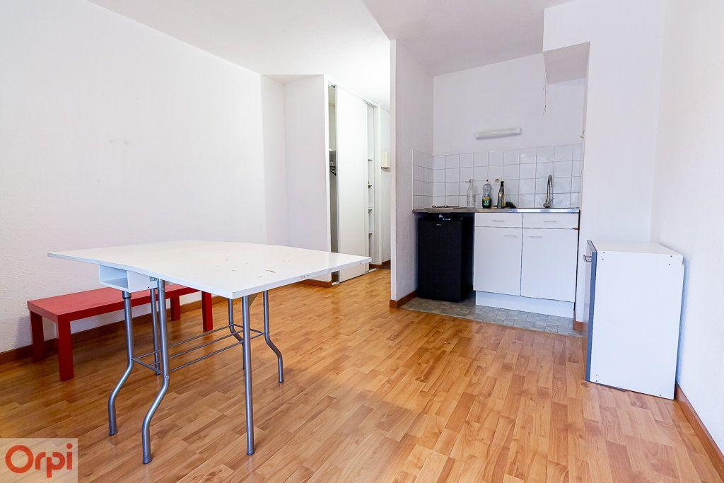 Appartement à louer 1 21m2 à Toulouse vignette-3