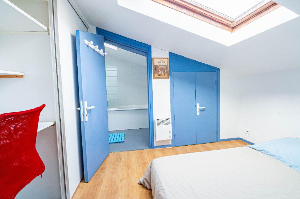 Appartement à louer 3 32m2 à Toulouse vignette-3