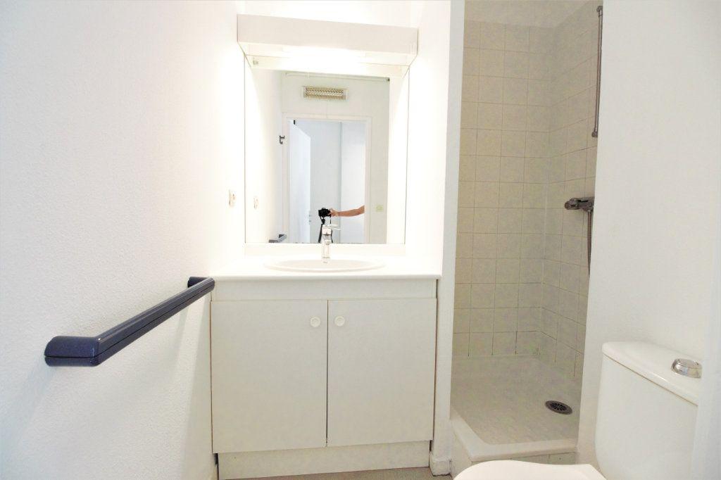 Appartement à louer 1 19m2 à Toulouse vignette-6