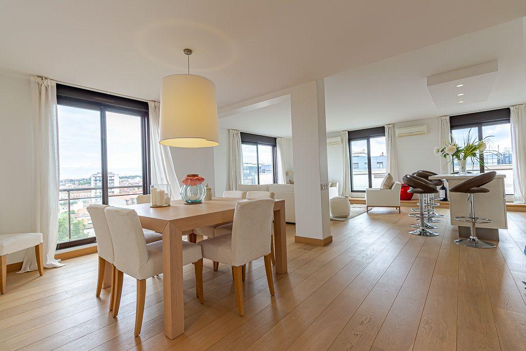 Appartement à louer 3 93m2 à Toulouse vignette-1