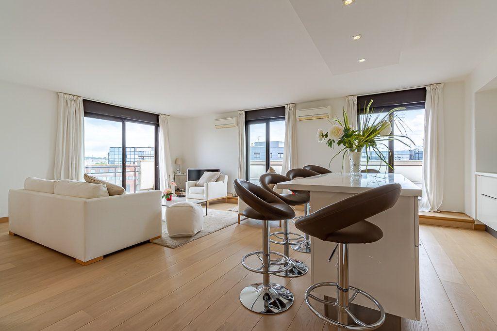 Appartement à louer 3 93m2 à Toulouse vignette-2