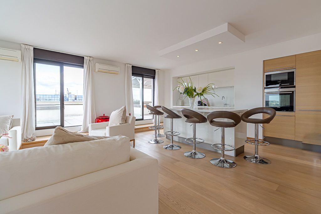 Appartement à louer 3 93m2 à Toulouse vignette-3