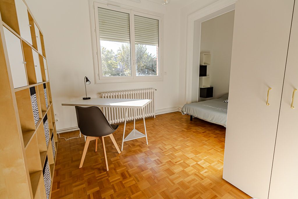Appartement à louer 5 103m2 à Toulouse vignette-4