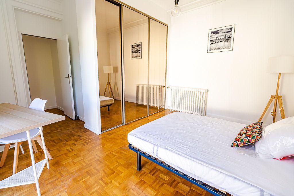 Appartement à louer 5 103m2 à Toulouse vignette-7
