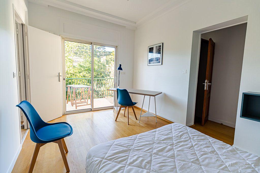 Appartement à louer 5 103m2 à Toulouse vignette-9