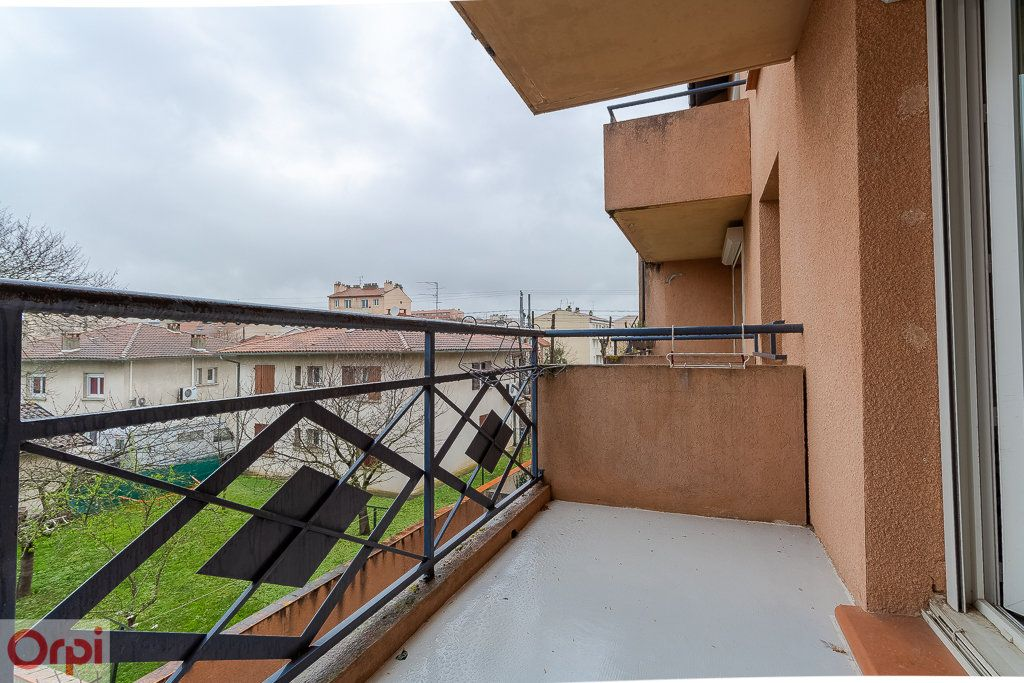 Appartement à louer 3 52m2 à Toulouse vignette-6