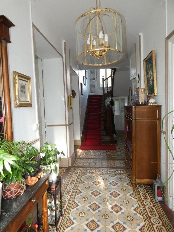 Maison à vendre 11 384m2 à Ménigoute vignette-3