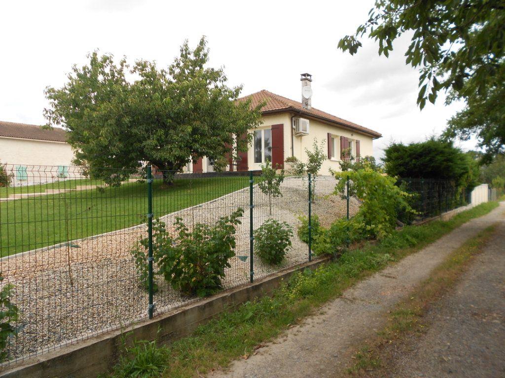 Maison à vendre 9 197m2 à Magné vignette-2