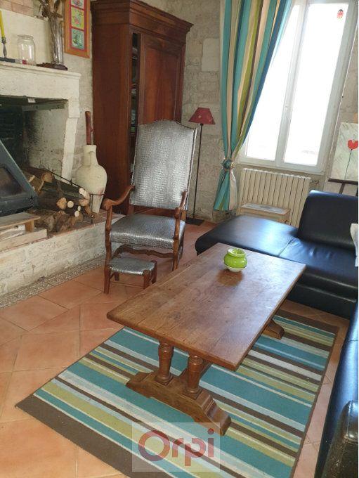 Maison à vendre 6 160m2 à La Grève-sur-Mignon vignette-4