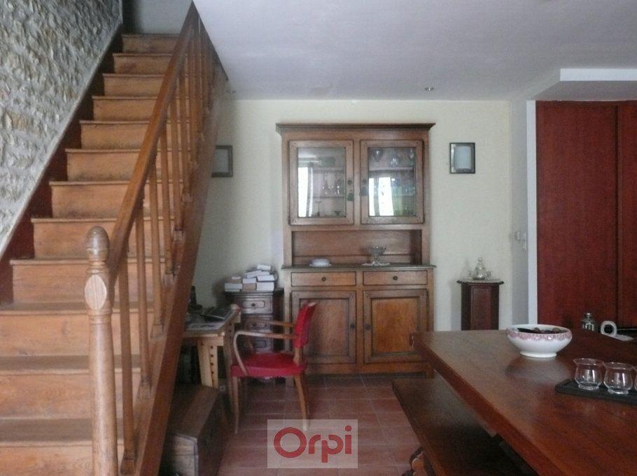 Maison à vendre 6 160m2 à La Grève-sur-Mignon vignette-5