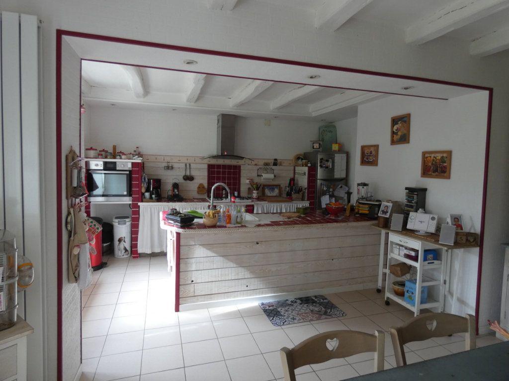 Maison à vendre 8 206m2 à Prissé-la-Charrière vignette-5