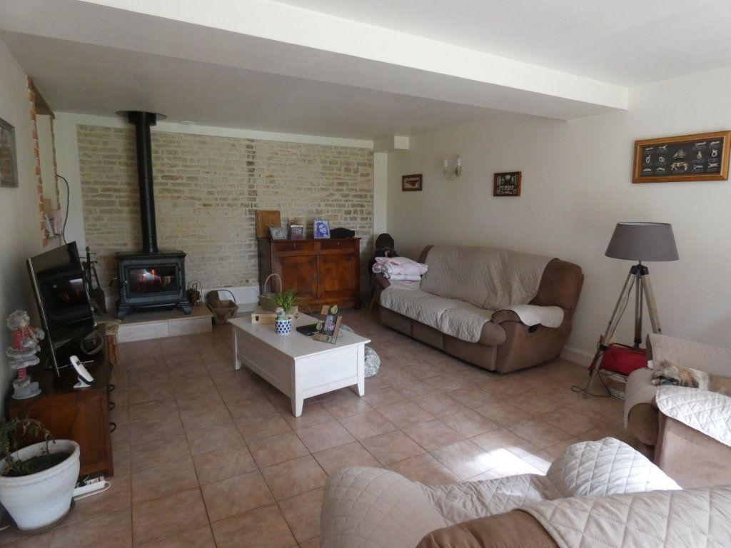 Maison à vendre 8 206m2 à Prissé-la-Charrière vignette-7