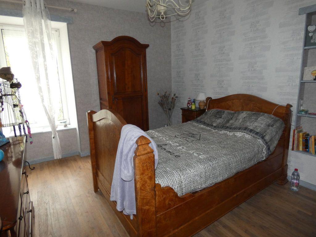 Maison à vendre 8 206m2 à Prissé-la-Charrière vignette-9
