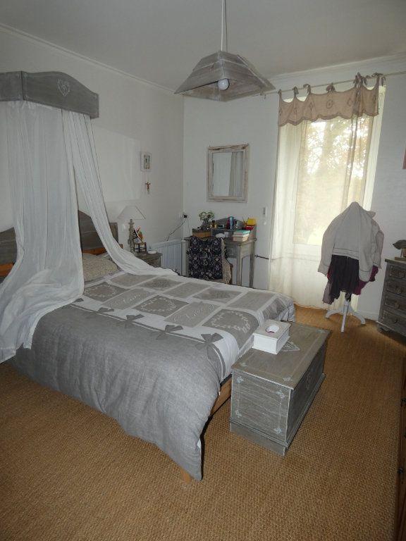 Maison à vendre 8 206m2 à Prissé-la-Charrière vignette-10