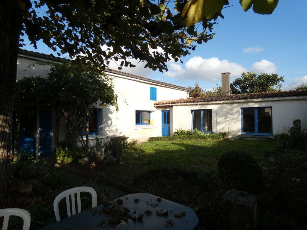 Maison à vendre 6 170m2 à Niort vignette-5