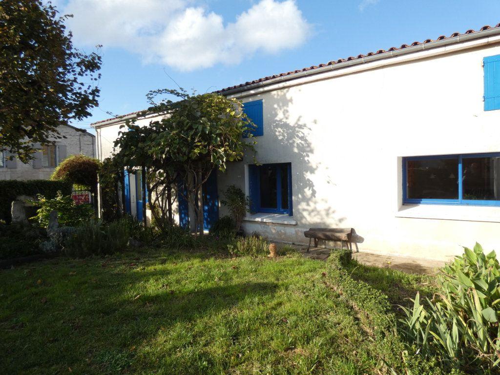 Maison à vendre 6 170m2 à Niort vignette-11