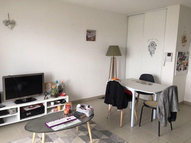 Appartement à vendre 2 43m2 à Niort vignette-1