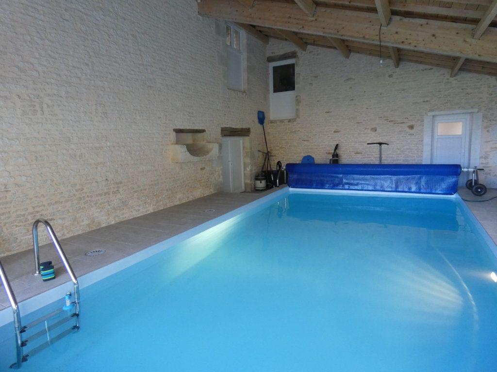Maison à vendre 7 150m2 à Saint-Symphorien vignette-3