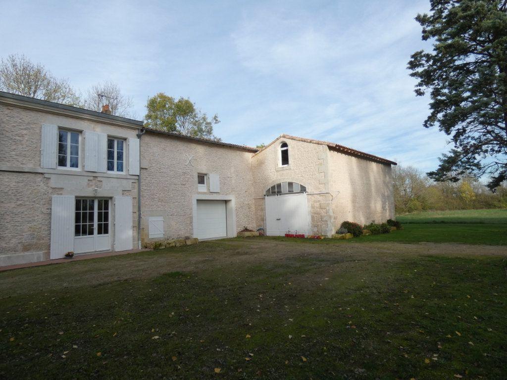Maison à vendre 7 150m2 à Saint-Symphorien vignette-12