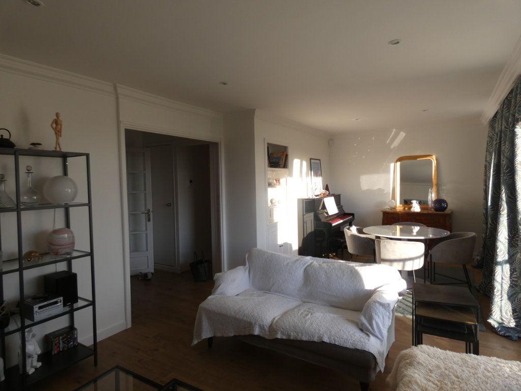 Appartement à vendre 3 70.43m2 à Niort vignette-4