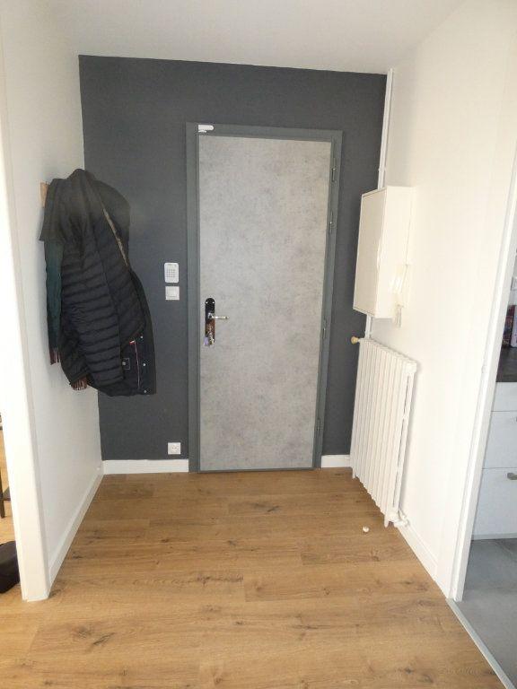 Appartement à vendre 3 70.43m2 à Niort vignette-16