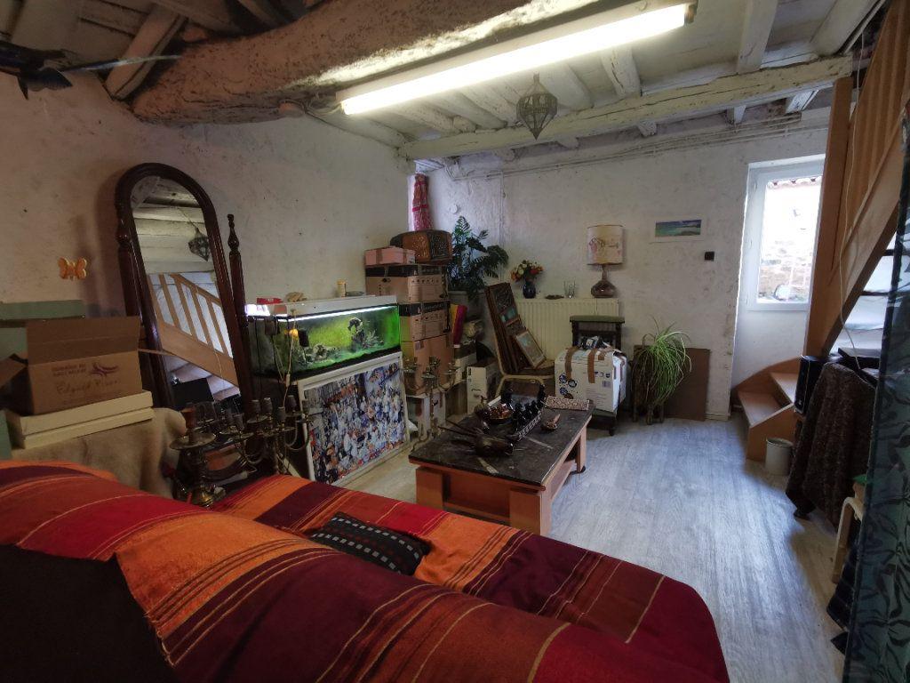 Maison à vendre 4 110m2 à Saint-Loup-Lamairé vignette-9
