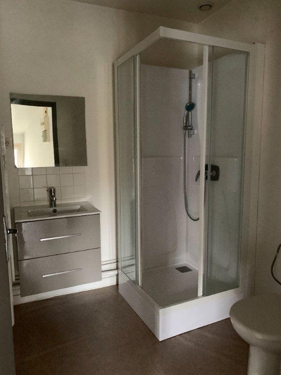 Appartement à louer 1 26.11m2 à Niort vignette-4