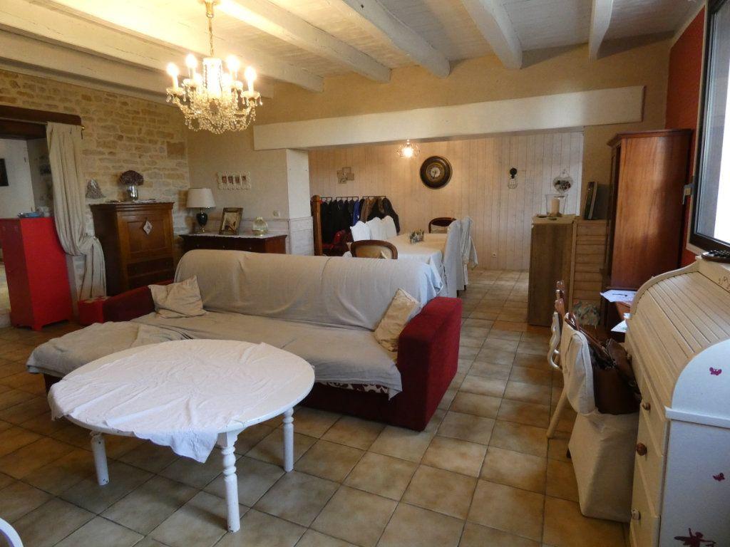 Maison à vendre 10 340m2 à Coulon vignette-5