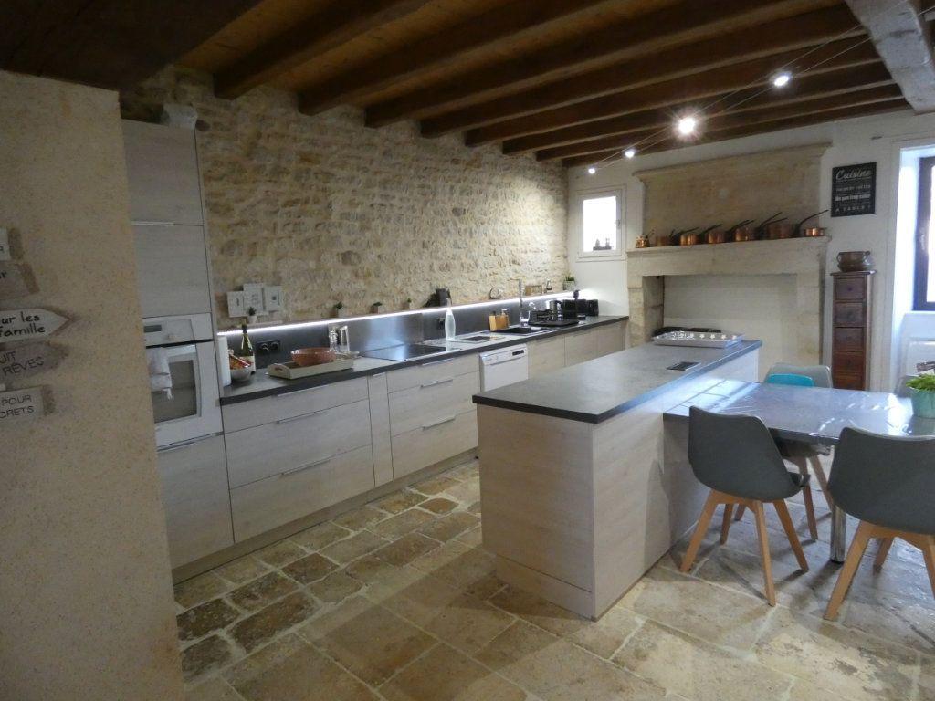 Maison à vendre 10 340m2 à Coulon vignette-6