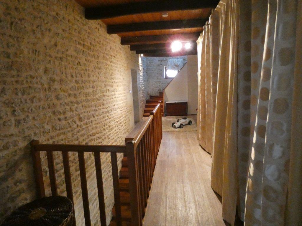 Maison à vendre 10 340m2 à Coulon vignette-9
