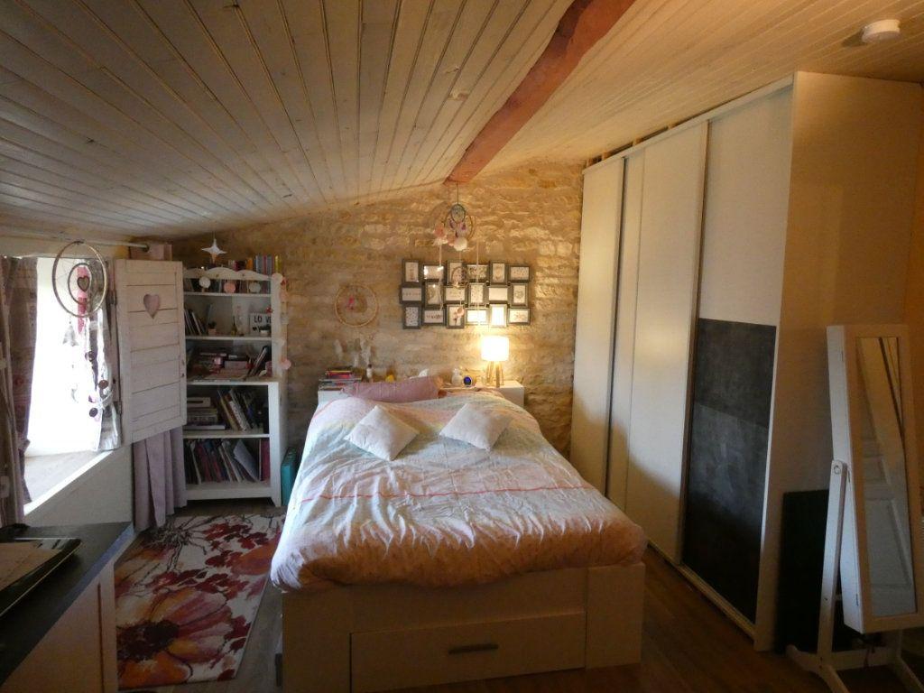 Maison à vendre 10 340m2 à Coulon vignette-14