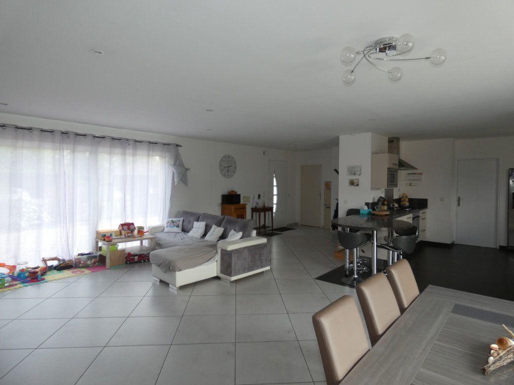 Maison à vendre 5 150m2 à Mazières-en-Gâtine vignette-4