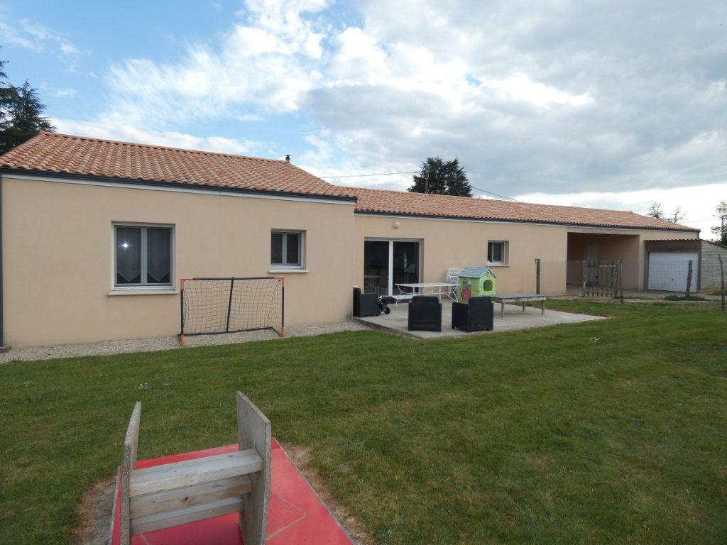 Maison à vendre 5 150m2 à Mazières-en-Gâtine vignette-7