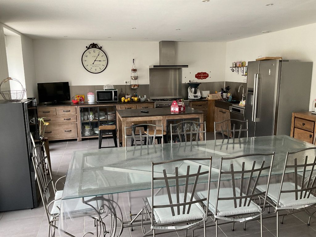 Maison à vendre 6 160m2 à Coulon vignette-2