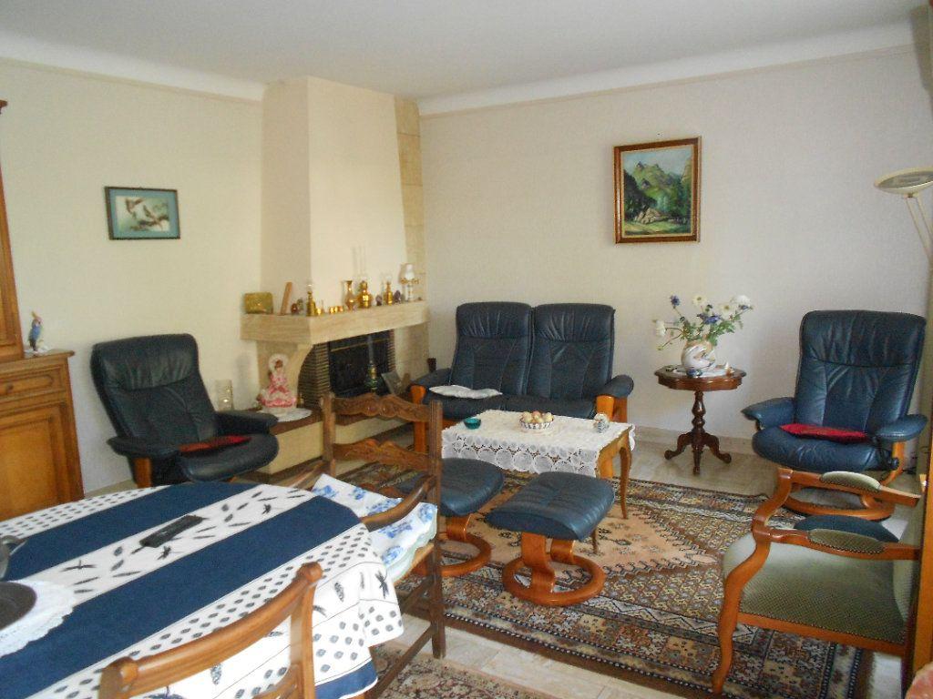 Maison à louer 5 130m2 à Niort vignette-4
