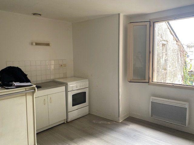 Appartement à louer 2 41m2 à Niort vignette-4