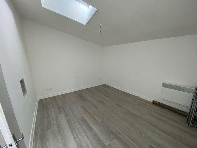Appartement à louer 2 41m2 à Niort vignette-5